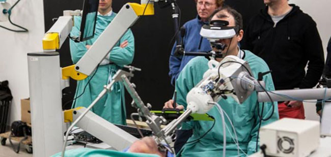 micromechatronics in surgery